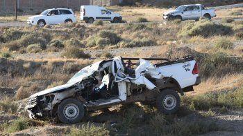 El lateral izquierdo de la Toyota quedó seriamente destrozado, pero su conductor sufrió lesiones leves.