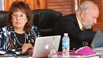 El Tribunal Oral Federal de Comodoro Rivadavia condenó a cinco integrantes de una banda local dedicada a la comercialización de estupefacientes.