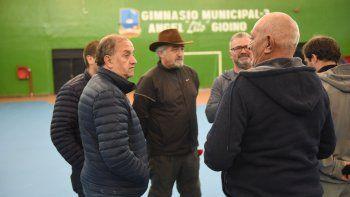 El intendente Carlos Linares encabezó la recorrida al gimnasio municipal 3.