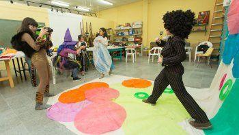 Invitan a taller de teatro para niños: Se me van los pies