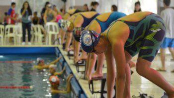 La primera fecha del calendario provincial de natación se la adjudicó el equipo del Club Huergo.