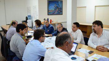 Funcionarios municipales explicaron a los concejales para qué necesitan la ampliación presupuestaria.