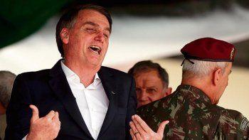 Bolsonaro autorizó a celebrar en los cuarteles al Golpe del 64
