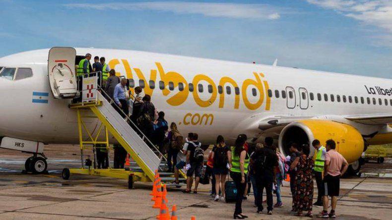 Turismo gestiona vuelos de Flybondi para Comodoro Rivadavia y Esquel