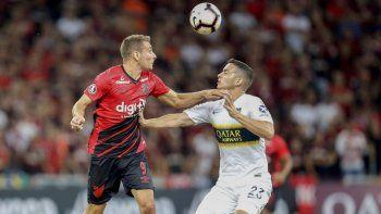 Atlético Paranaense goleó a Boca en Brasil