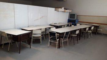 La comunidad educativa de la Escuela 742 reclama por falta de aulas