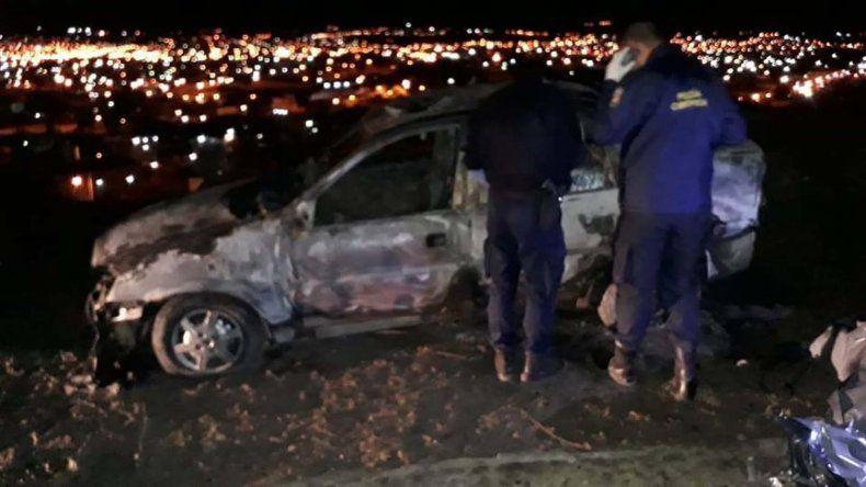 Todavía no logran identificar al hombre hallado calcinado adentro de un coche