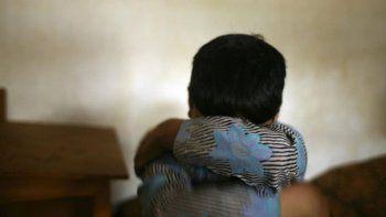 detuvieron a una ninera acusada de abusar de un nene de 4 anos