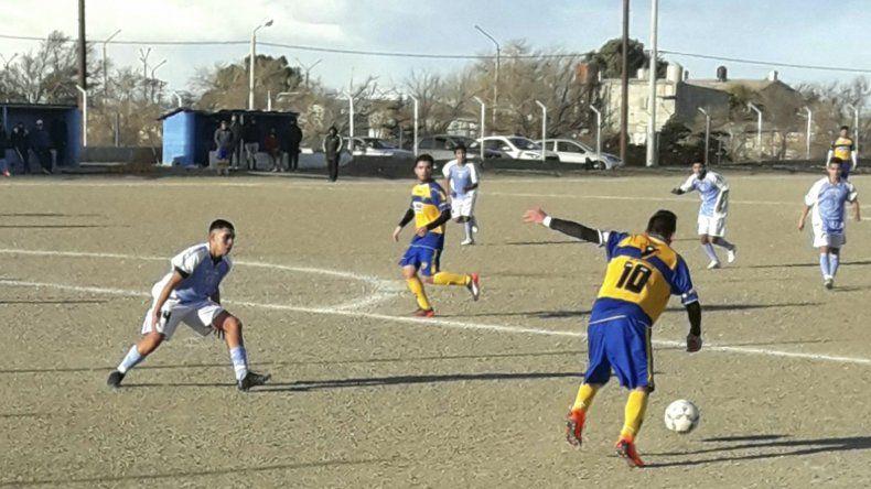 Esta tarde se jugará de manera completa la tercera fecha del torneo del fútbol de ascenso de Comodoro Rivadavia.