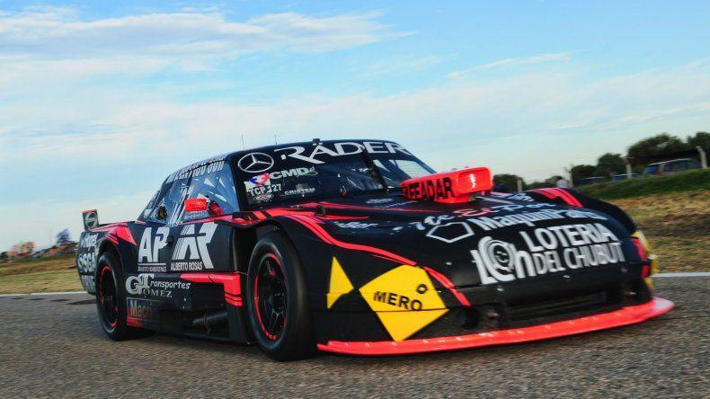 El Dodge de Marcelo Agrelo que ayer se ubicó tercero en la primera serie del TC Pista.