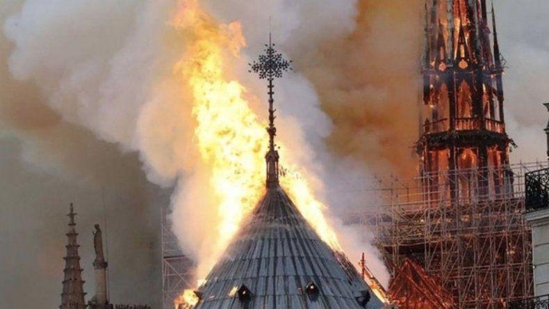 La catedral de Notre Dame podría sufrir pérdidas totales