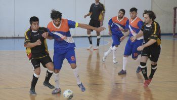 El torneo Apertura de fútbol de salón disputó el fin de semana una nueva fecha en Comodoro Rivadavia.