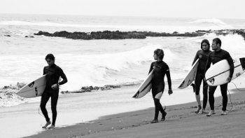 Martín Passeri y sus pupilos en un trip a Chile para cimentar relaciones y el surfing.