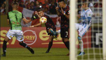 River lo resolvió en el complemento y derrotó a Argentino de Merlo 3-0