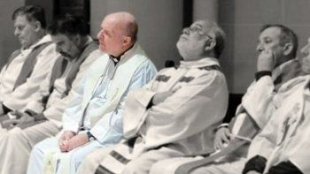 un cura se declaro culpable de abusar a tres catequistas