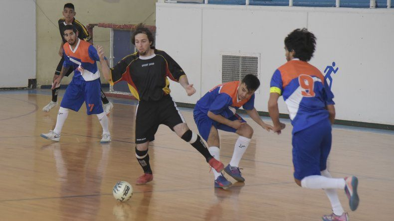 El fútbol de salón oficial continuará todo este fin de semana con una importante programación de partidos.