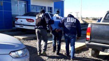 El detenido en una vivienda del barrio Rotary 23 fue trasladado a los calabozos de la Comisaría Quinta.