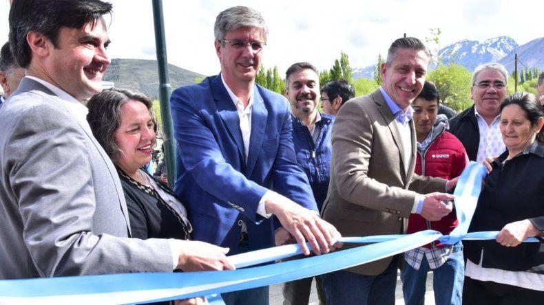 Ongarato y Arcioni en otros momentos en que compartían inauguración de obras.