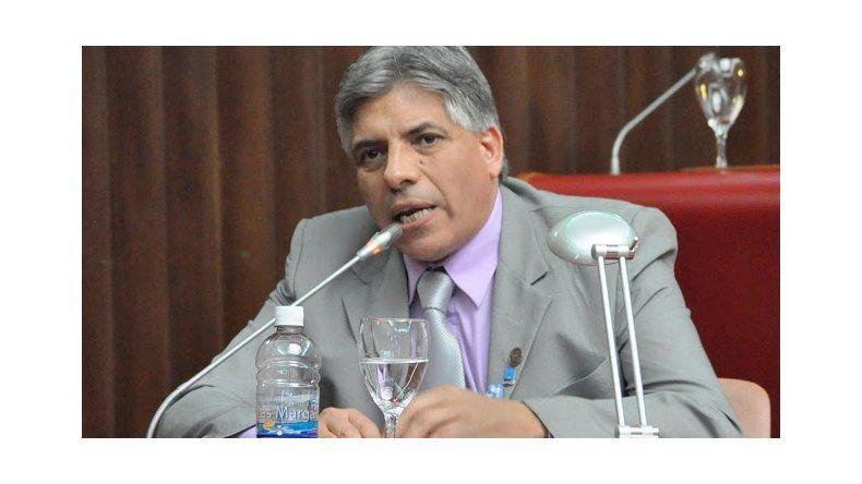 El diputado David González