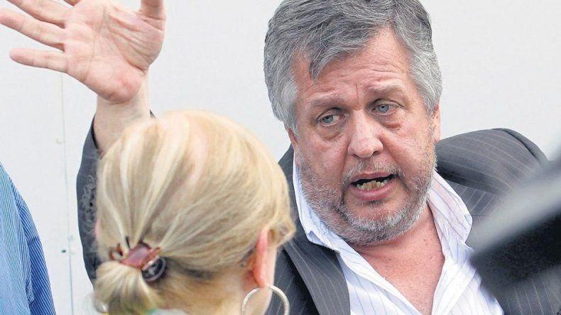 La situación de Carlos Stornelli también motivó el pronunciamiento de senadores chubutenses.
