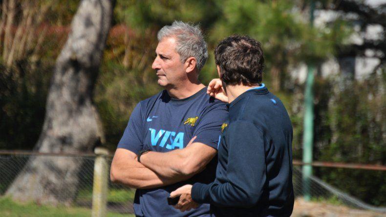 Mariano Fernández se encuentra en la ciudad brindando una capacitación en Comodoro Rugby Club.