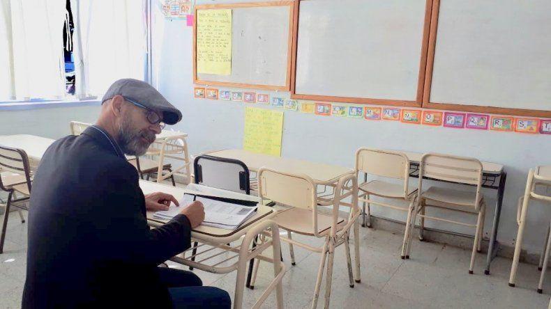 Relevaron edificios escolares por denuncias de corrupción