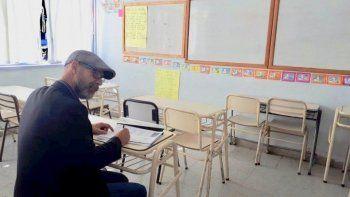 El fiscal Omar Rodríguez encabezó las inspecciones oculares en varios establecimientos educativos.