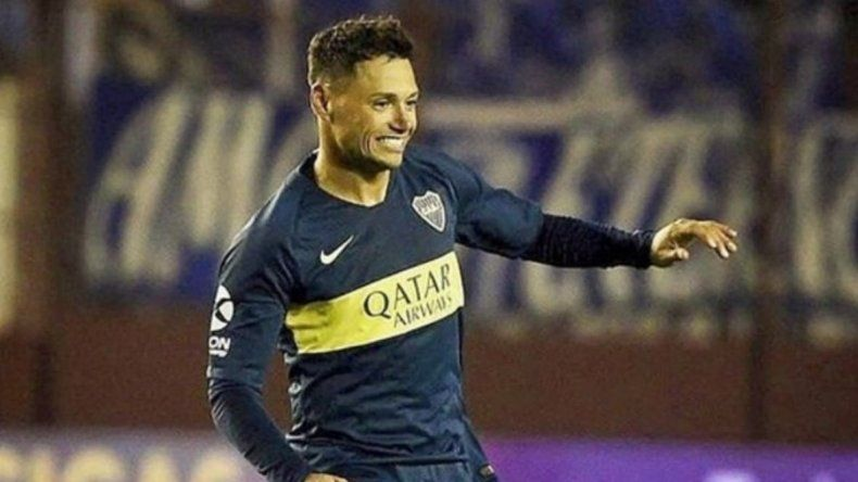 Mauro Zárate acompañará esta noche en el ataque a Darío Benedetto.