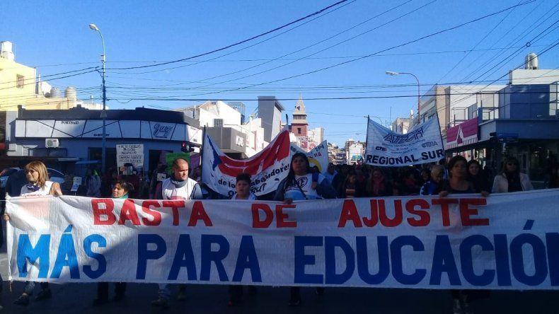 Realizarán una clase pública en apoyo a los docentes