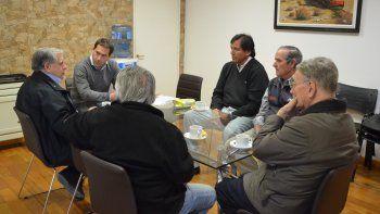 La reunión de integrantes del Concejo con los exagentes de YPF.