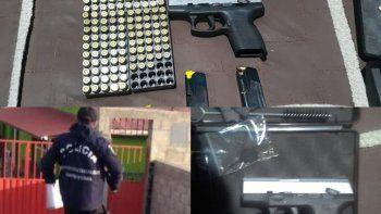 secuestran un arma de fuego y mas de 150 municiones