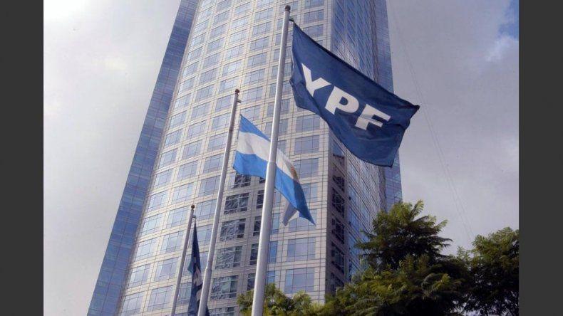 Nación pedirá que la causa por la reestatización de YPF se mude al país