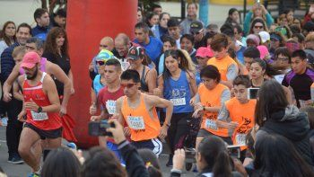 El Colegio Perito Moreno festejó su aniversario a través del deporte