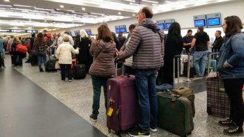 Cancelaciones y demoras en Aeroparque por una asamblea