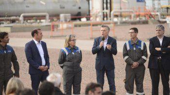 Macri visitó Vaca Muerta por la inauguración de un oleoducto