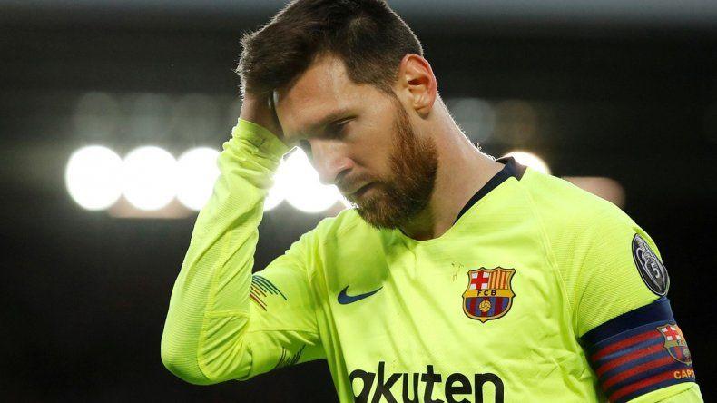 Toda la amargura de Lionel Messi luego de la histórica derrota del Barcelona.