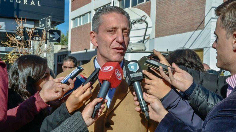 El gobernador suscribió la nota que ingresó ayer a la Legislatura para pedir que se autorice a contraer el préstamo.