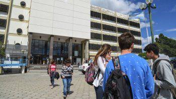 Los docentes universitarios volverán a parar el jueves 16 y viernes 17 de mayo