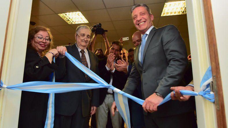 El gobernador Mariano Arcioni encabezó la inauguración de las remodeladas instalaciones.