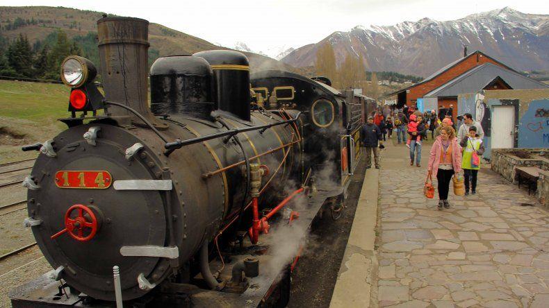Comenzó la venta anticipada de pasajes para viajar en La Trochita