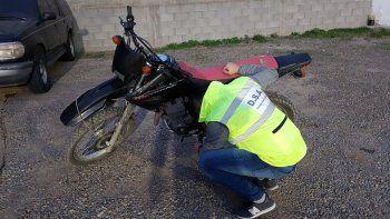 En barrio Sismográfica recuperaron una moto robada