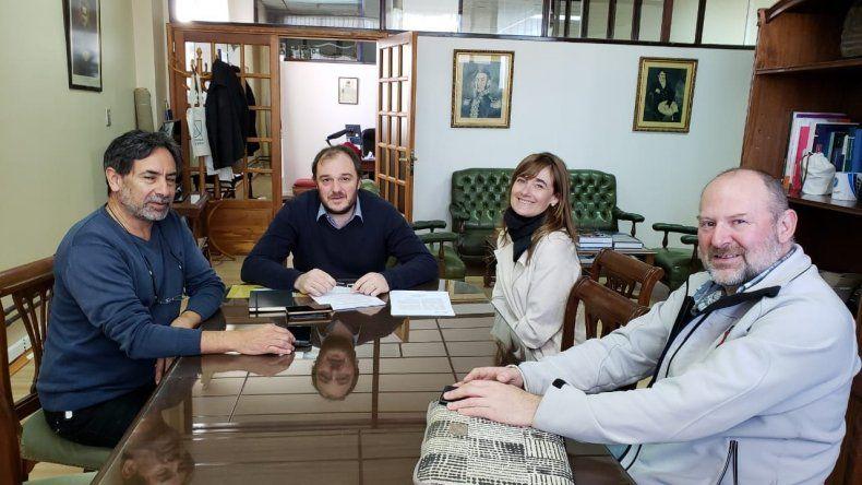 Marina Villela Beitia se reunió con el rector de la Universidad