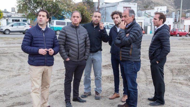 Linares ayer dedicó la jornada a revisar obras que se realizan en Comodoro.