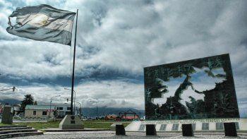 Lanzan un amparo contra la adjudicación de áreas a británicos en Malvinas