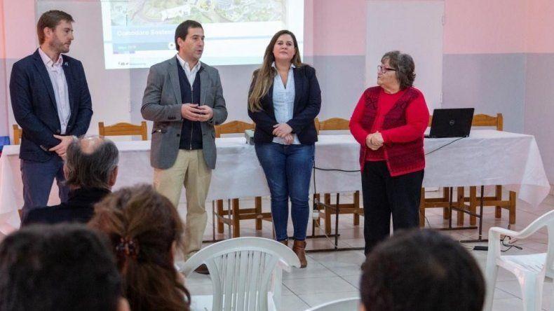 La presentación realizada ayer en la Asociación Vecinal de Restinga Alí.