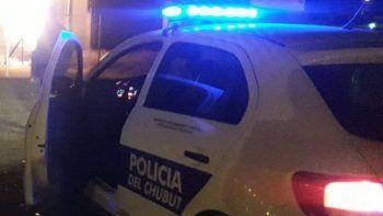 detienen en control policial a un hombre profugo de madryn