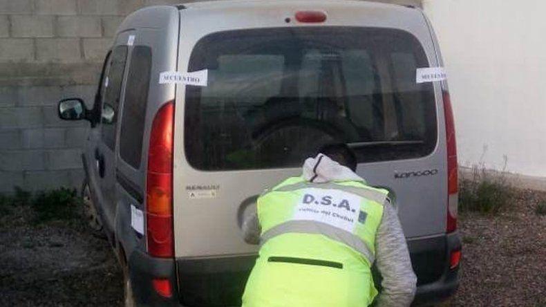 Recuperan en el barrio Moure una camioneta robada
