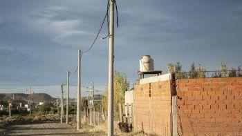 hace mas de 5 anos que 16 familias en castelli pasan el invierno sin gas