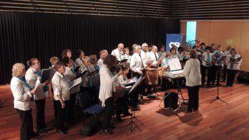 Luego de su actuación, los integrantes del coro repartirán letras de zambas y chacareras.