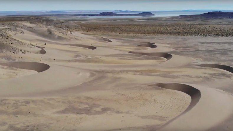 Parece el desierto del Sahara pero es el lago Colhue Huapi